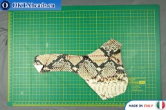 Telecí kůže hadí povrch, pevná ~ 0,8mm, 15,2g XL0249