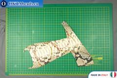 Telecí kůže hadí povrch, pevná ~ 0,8mm, 17g XL0241