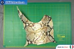 Telecí kůže hadí povrch, pevná ~ 0,8mm, 18,5g XL0255