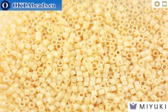 MIYUKI Beads Delica Ceylon Light Beige 11/0 (DB204)