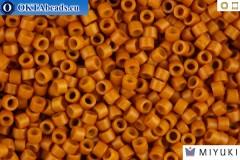 MIYUKI Beads Delica Dyed Opaque Pumpkin 11/0 (DB653)