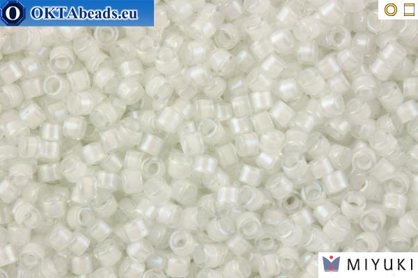 MIYUKI Beads Delica Lined White AB 11/0 (DB66) DB066