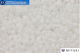 MIYUKI Beads Delica Opaque Chalk White (DBM200) 10/0, 5gr DBM0200