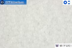 MIYUKI Beads Matte Transparent Crystal 15/0 (131F) 15MR131F