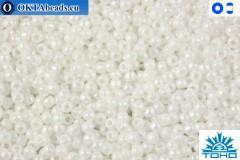 TOHO Beads Opaque-Rainbow White (401) 15/0